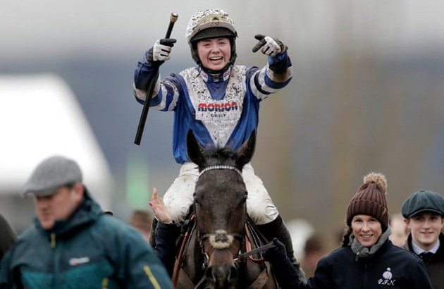 image-left-align Bryony Frost wins on Frodon